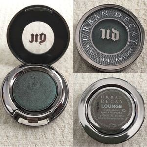 Urban Decay single eyeshadow, in Lounge